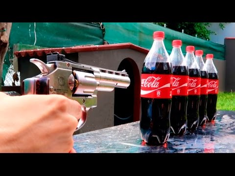 REVOLVER VS COCA COLA !! (SALE MAL) Makiman