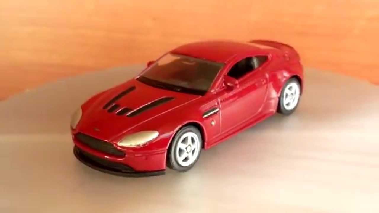 Aston Martin V12 Vantage Welly 1 64 Youtube