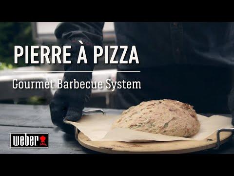une-fougasse-préparée-avec-la-pierre-à-pizza- -les-recettes-weber