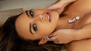 Stephanie Volotenko - Bella Da Semana