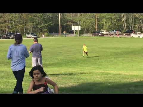 Reilly Williams wins cross country race at Harpswell Community School