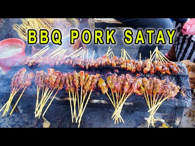 SPICY BBQ Ribs & INSANE BBQ Pork Satay in Bali Indonesia
