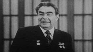 видео Брежнев Леонид Ильич – биография
