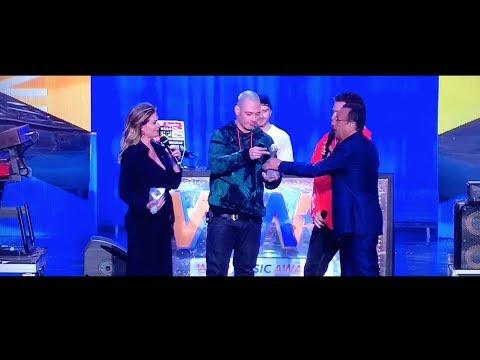 FABRI FIBRA ''Wind Awards'' PAMPLONA ft. THE GIORNALISTI LIVE + PREMIAZIONE