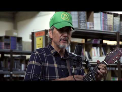 Howe Gelb - Flying Off the Rails (Live in the Warehouse) mp3