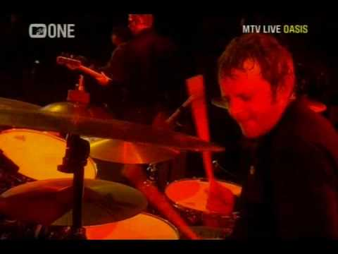 Oasis - Morning Glory (Live Wembley 2008) (High Quality video)(HD)