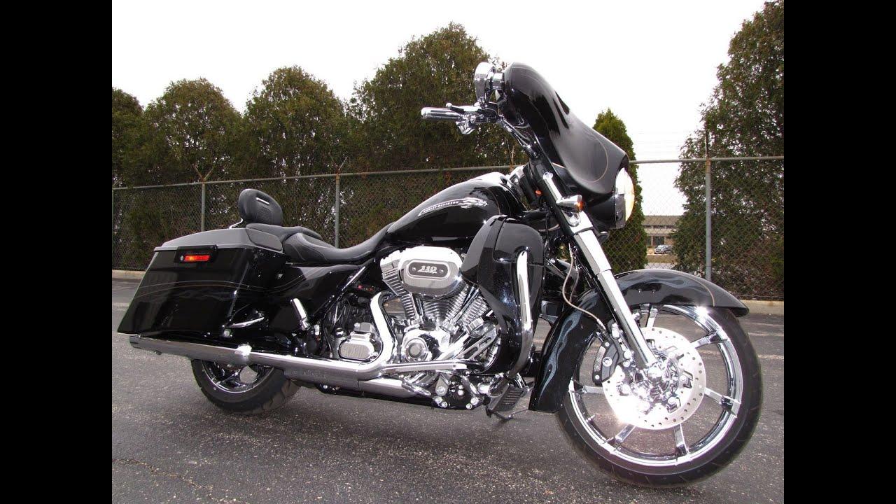 2012 Harley-Davidson CVO STREET GLIDE FLHXSE3 - YouTube