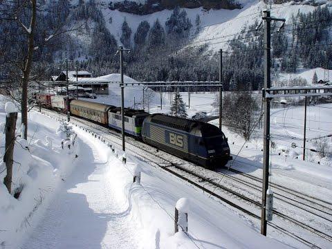 072 BLS Kandersteg Station Bahnhof Winter 2005 - SNOW - Lots of snow! Before BLS basetunnel!