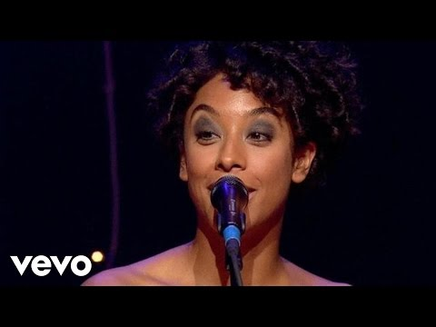 Corinne Bailey Rae - Since I've Been Loving You