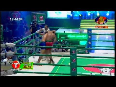 Khmer Thai Boxing 2015   Chheurn Chhay Den Vs (Thai)   Bayon Boxing 05 July 2015