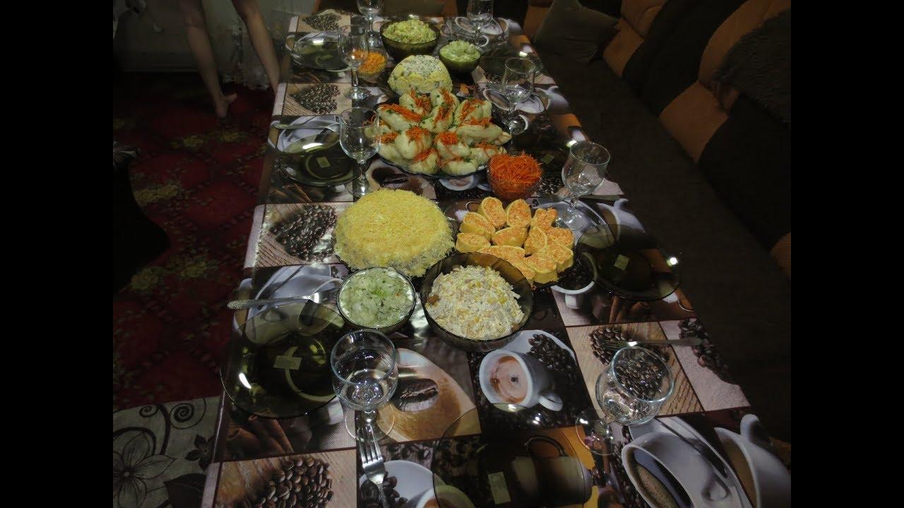 ПРАЗДНИЧНЫЙ стол на Новый год 2020. Закуски, салаты, горячее. Праздничное меню.