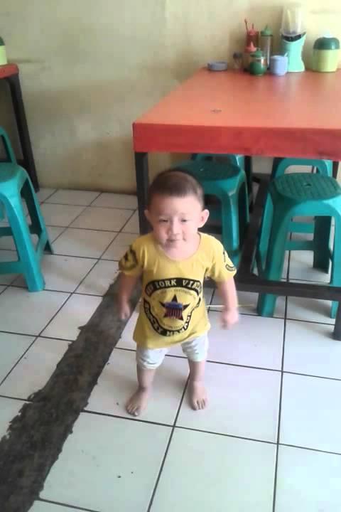 Gojigo anak kecil - YouTube