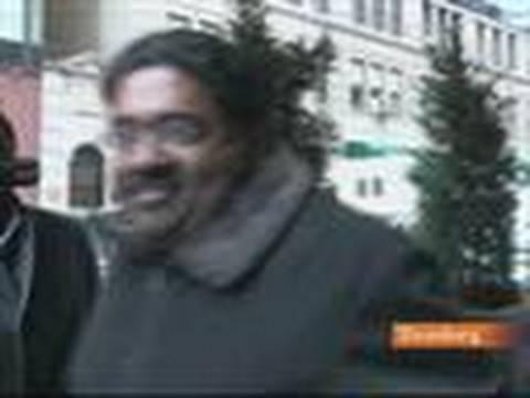 Galleon's Raj Rajaratnam Leaves New York Restaurant: Video