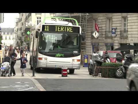 Place Graslin : le bus de la discorde