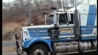 Repeat youtube video Australia - Road Trains (3)