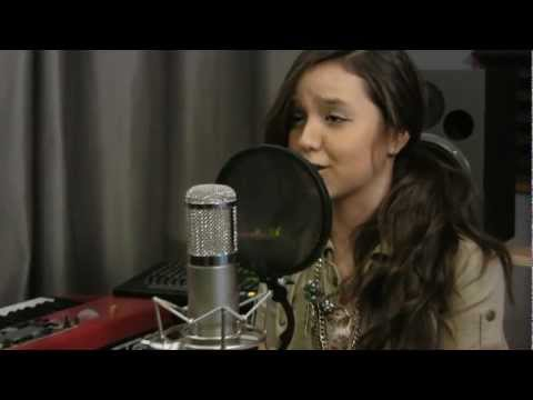 Bruno Mars - ** Just The Way You Are **  - Maddi Jane Cover [HD]