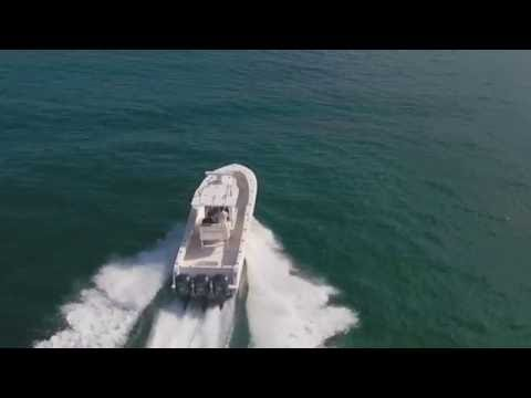 2014 Invincible Center Console 36