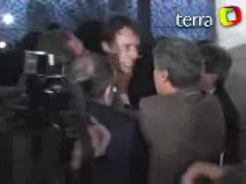 POLICIA LEGISLATIVA FEDERAL BARRA REPORTER QUE TENTOU ENTRAR SEM APRESENTAR CREDENCIAL DE ACESSO