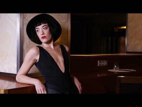 Mia Moretti for LVR.COM