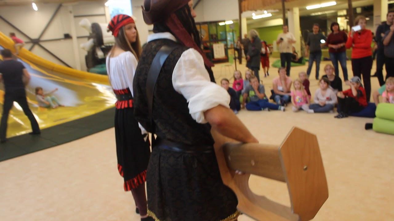 Video Největší pirátská šavle