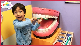 CHILDREN'S MUSEUM Pretend Play! Family Fun for Kids Indoor Play Area Children Activities thumbnail