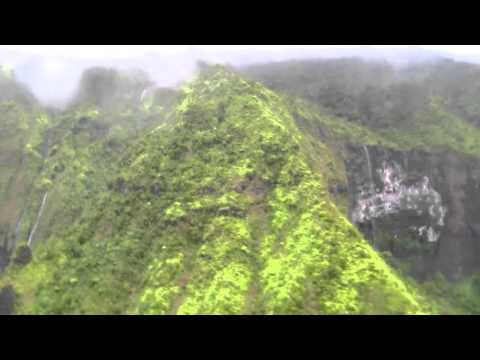 Kauai 331 - Flying into the Blue Hole, the crater of Mt. Wai
