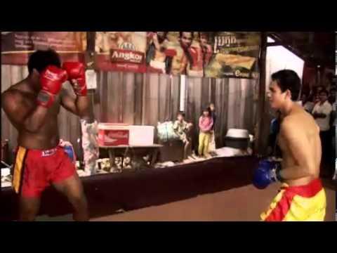 Dhani Khmer Kickboxing practice