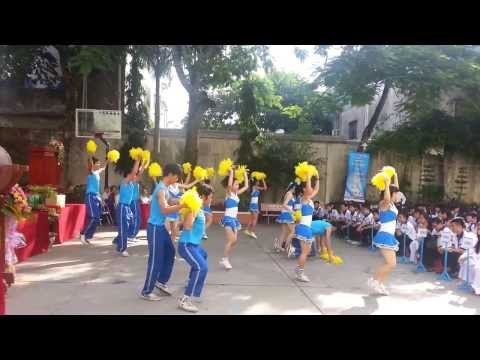 Diễn Khai Giảng Trường THPT Phan Ngọc Hiển năm học 2013 - 2014 - Xì Trum Family