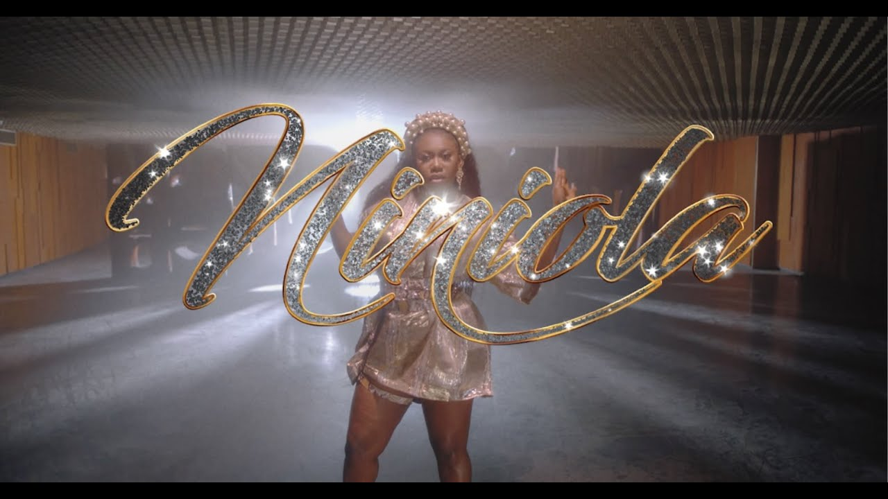 Download NINIOLA - ADDICTED (OFFICIAL VIDEO)