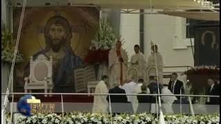 Aparatosa caída en Czestochowa no detuvo al Papa Francisco