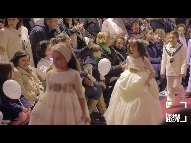 Vídeo: Unos modelos muy especiales: Desfile de Primera Comunión en la calle Jaime