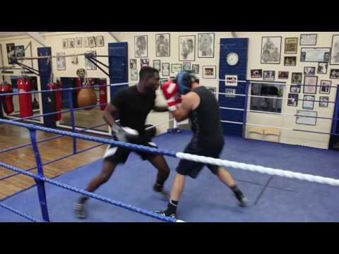 *NEW* Jonathan Kumuteo - Sparring at Finchley London Boxing Club | @JBizOfficial | JK BOXING