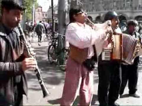 Street Musicians in Amsterdam - Juli 2002