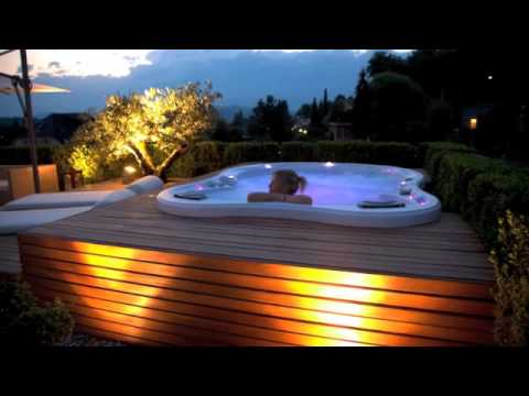 Spa jacuzzi Dimension One - L\'art du spa à Annecy - YouTube