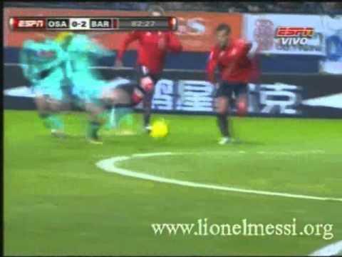 Los dos goles de Messi al Osasuna (Liga 2010/11)