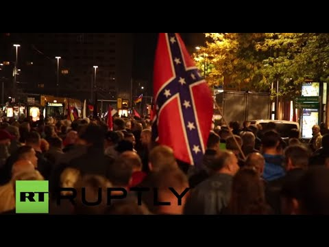 Germany: Thousands of PEGIDA supporters rally against refugees in Dresden