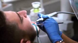 Профессиональная чистка зубов(, 2016-01-20T14:31:34.000Z)