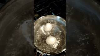 Easy Peel Hard Boİled Eggs - REALLY WORKS!!!