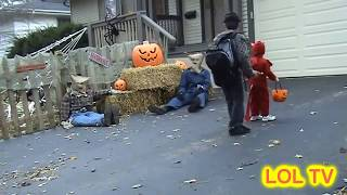 WORST HALLOWEEN PRANKS funny, prank, kids, trick or treat, costume