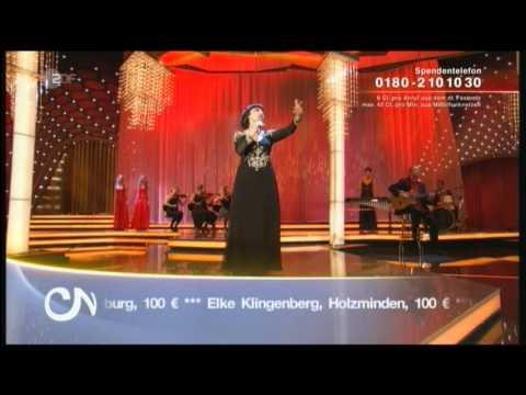 [HQ] - Mireille Mathieu - Walzer der Liebe - Carmen Nebel - 24.09.2011