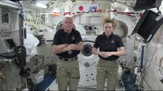 Space Station Crewmembers Discuss Life in Space with the Media