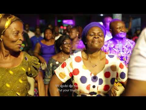Agbadza Gospel Medley- Bethel Revival Choir