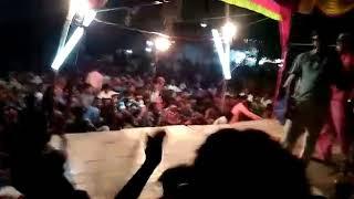 Tadpela Mora Chadhal Jawani Raja Ji Baja Baji Ki Na