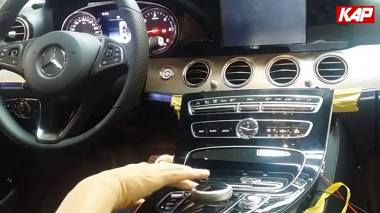 merceded benz e class w213 interface youtube. Black Bedroom Furniture Sets. Home Design Ideas