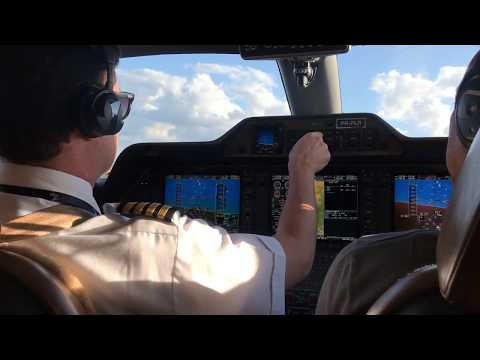 Flying The Embraer Phenom 100