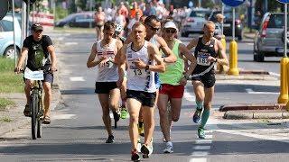 Rywalizacja na trasie XXIV Pó³maratonu Kurpiowskiego