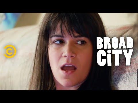 Broad City - The Worldwide Bloodstream