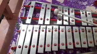 Tatlong Bibe In lyre