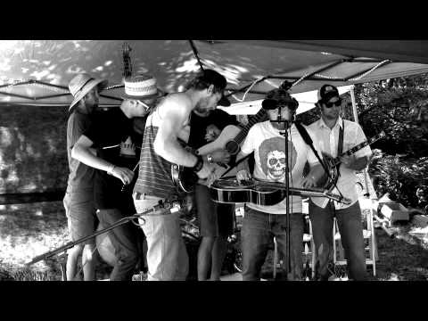 "Lil Smokies   ""Mending The Fence""  Peacock Radio Sessions"