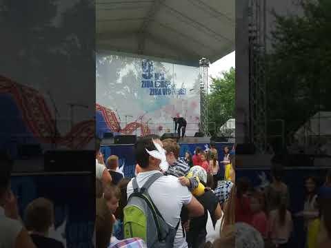 Spectacol prezentat de eroii patrupezi - Partidul Democrat din Moldova